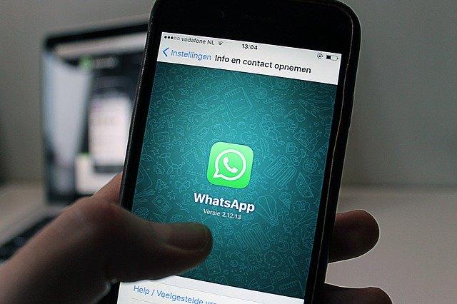 whatsapp come inviare messaggi a piu contatti