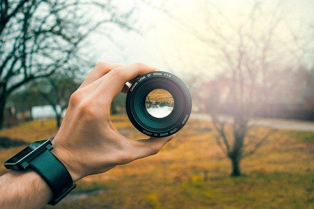 5 App Per Eliminare Fascio di Luce da Foto