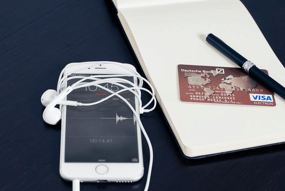 Strategie di Marketing Bancario per Migliorare l'Online Banking